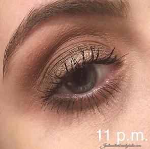 eye-look-11-p-m