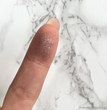 finger-swatch-longevity